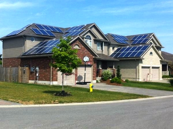 Will Solar Panels Make My House Look Ugly? - Modernize