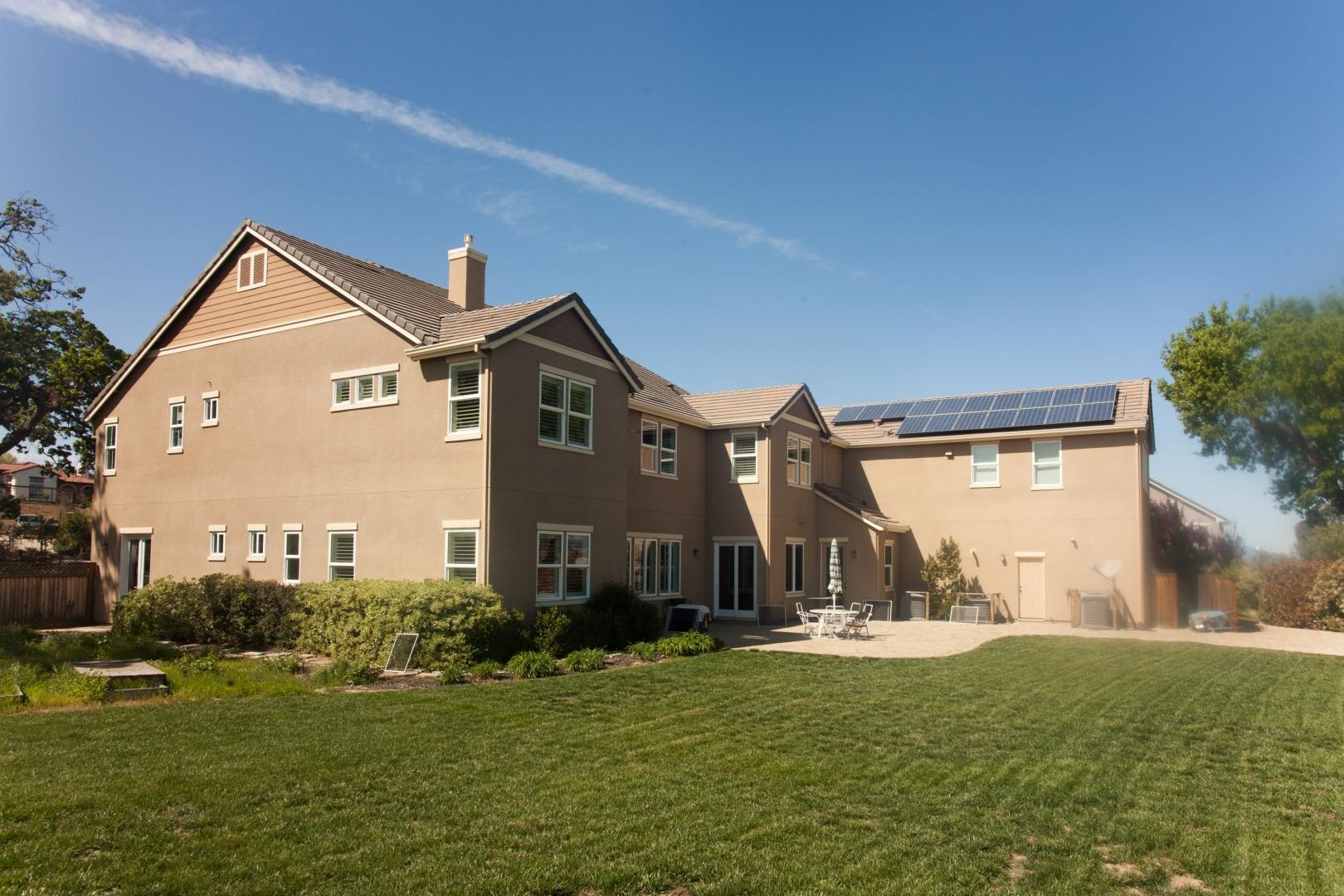 solar panel_at_back