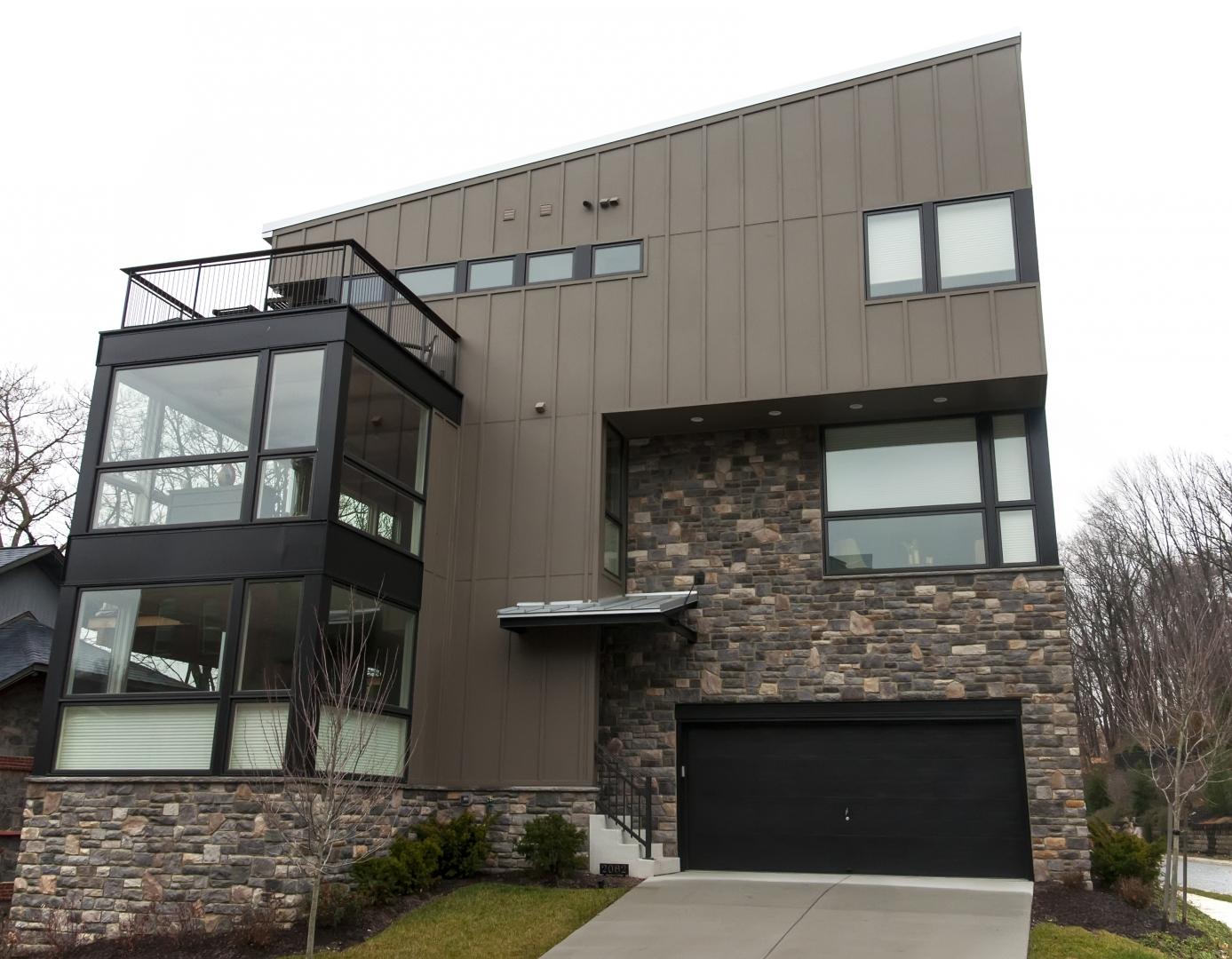 Siding Options for Modern Houses - Modernize on Modern Vinyl Siding  id=97487